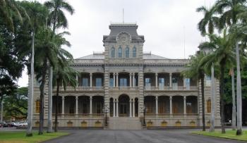 Queen Liliuokalani Palace Inside Majesty Akahi N...