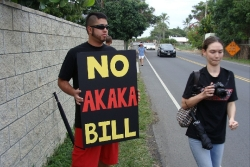 Ku`e against Akaka Bill in Kailua 4